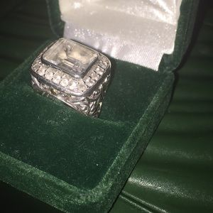 Beautiful handcrafted ring,artist stamped